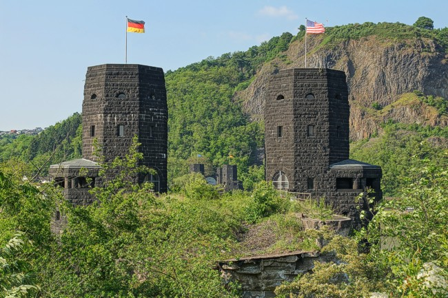 outside, Remagen, Specials