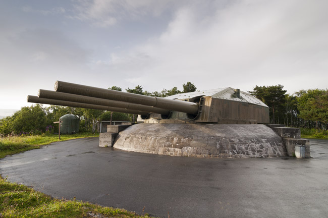 28 cm SK C/34 naval gun