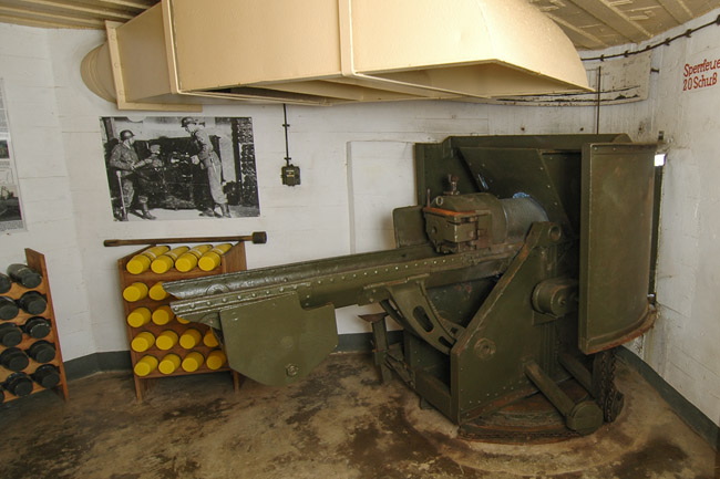 An example still there in the museum bunker at Stp Rotenstein, Vazon Bay on Guernsey.